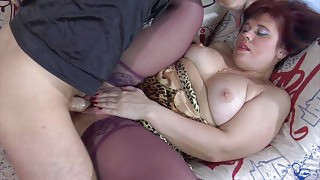 Crummy milf in violet stockings stuffing her box before from-behind frenzy videos