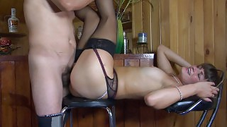 Hottie in shiny black nylons makes a guy taste her pussy and poke her hard videos