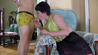 Crummy mommy hungrily sucks on a boys cock eager to feel it inside her box videos