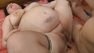Mature chick makes the most of her plump body while going for hardcore anal videos
