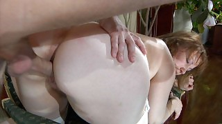 Busty mom catches a boy on his way from the shower eager for a hot quickie videos