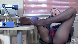 Heated sec has a lunch break stroking her nyloned feet and her perky tits videos